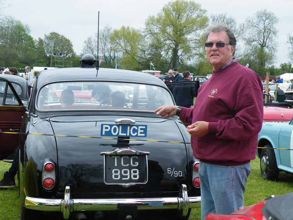 Andy recognises the car that stopped him back in 1973