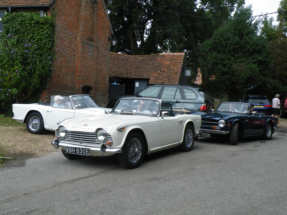 Andy's car in front, Tim to the left and Nick & Fred to the right