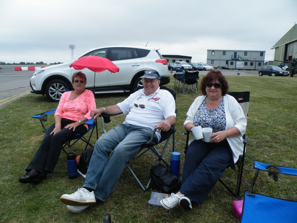 Paul and his ladies - Wendy and Joyce