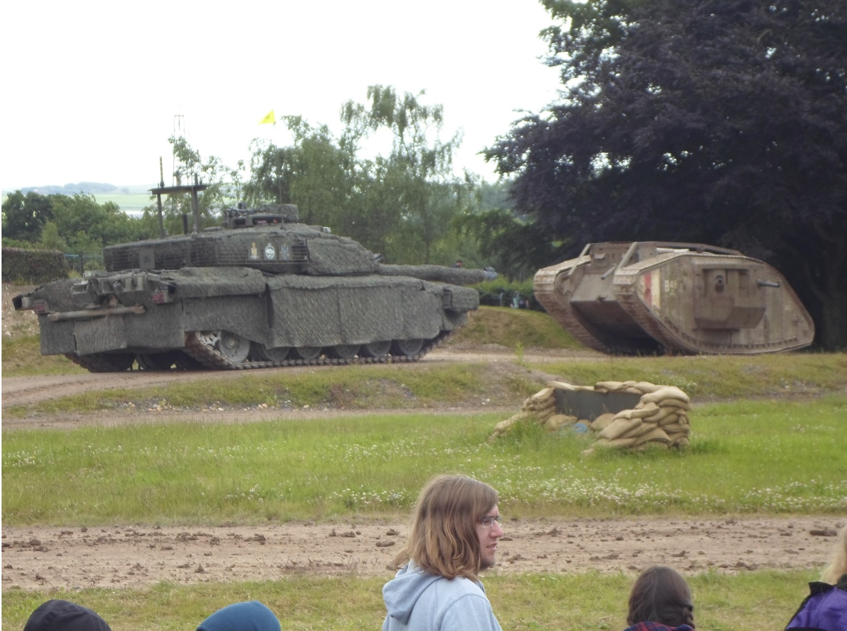 Challenger 2 and Little Willie